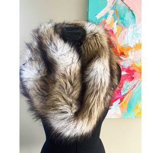 Express faux fur scarf